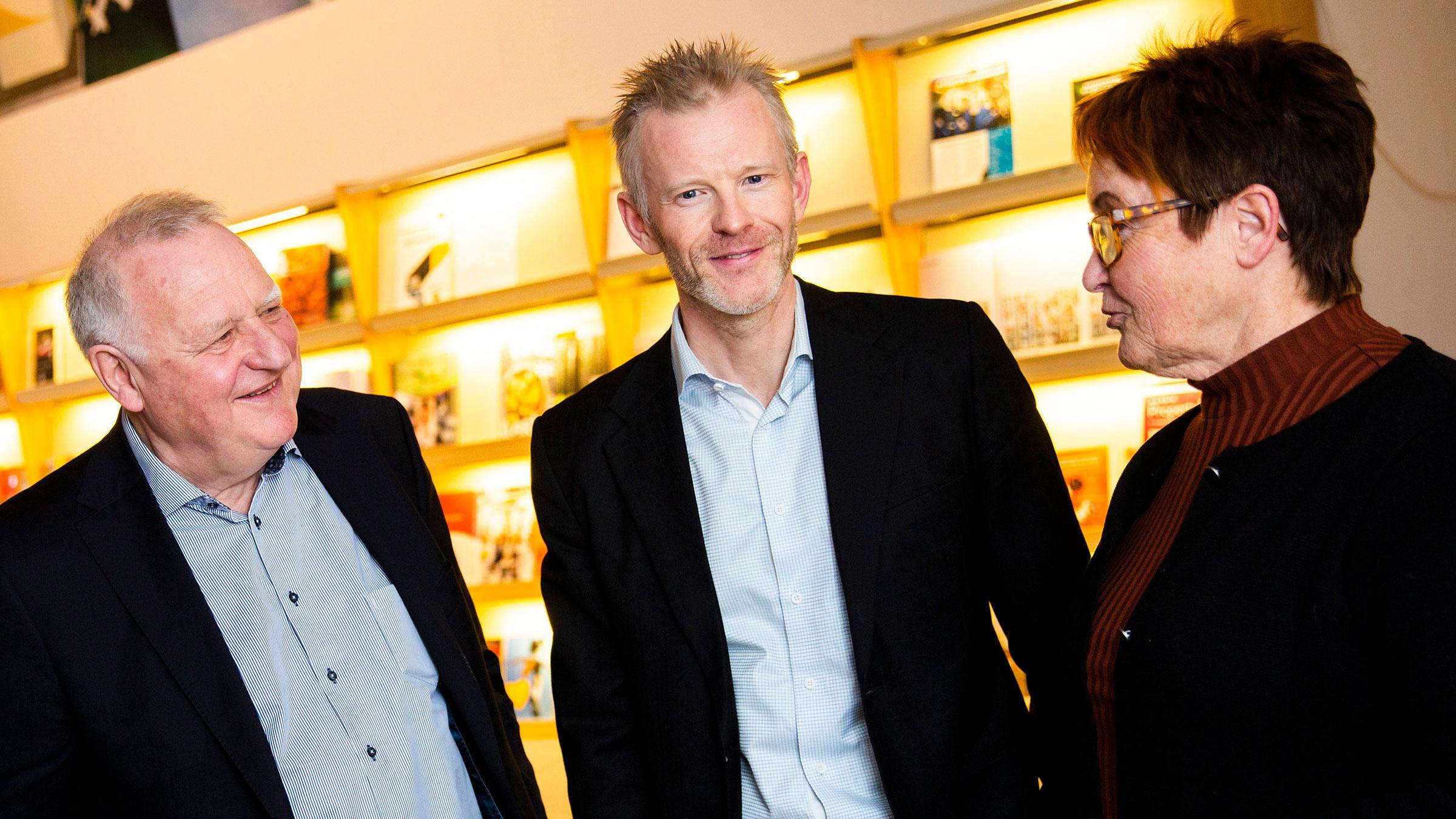 Magnus Viström, innovationschef SCA (mitten), berättar att SCA har ett fortsatt samarbete med flera av de företag som tidigare deltagit i Forest Business Accelerator.