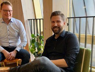 Conny Reidefors, senior affärsrådgivare vid Arctic Business Incubator, och Daniel Wallgren, vd Lazer Wolf Studios.